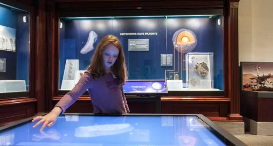 Field Museum's wee-but-mighty meteorites in new display