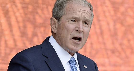 George W. Bush defends the 'indispensable' media