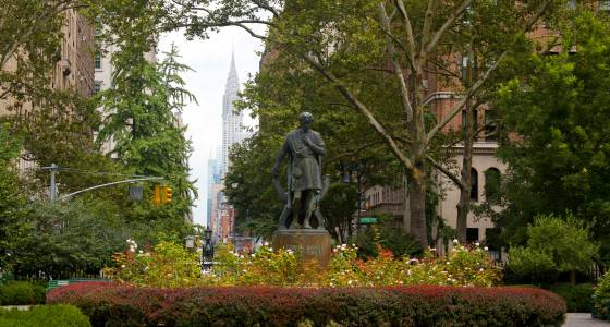 Gramercy Park residents furious about growing piles of dog poop
