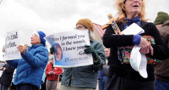 "Group in Schenectady aims to be ""last defense"" before abortions"