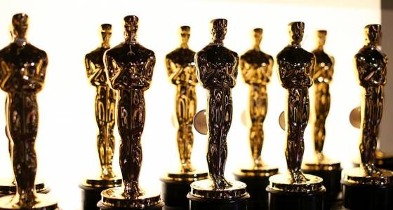 How To Throw An Oscar Party: Celebrate The 2017 Academy Awards With These DIY Ideas