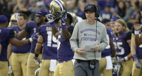 Huskies lose top assistant Chris Strausser to NFL