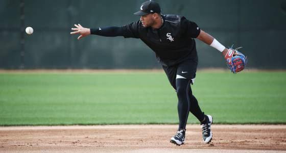 Hyped White Sox prospect Yoan Moncada set for first spring start vs. Cubs