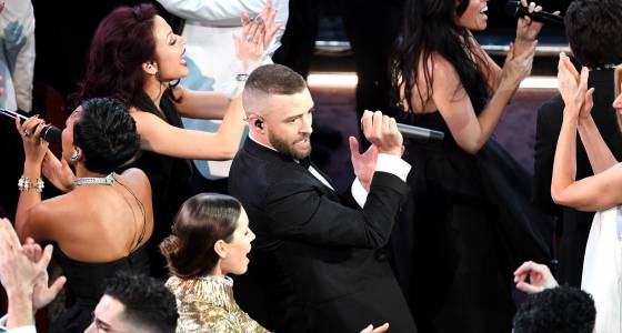 Justin Timberlake Opens 2017 Oscars By Dancing With Jessica Biel