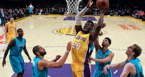 Kemba Walker scores 30, Hornets rally past Lakers, 109-104
