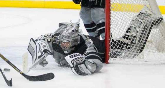 Kings rally to defeat Ducks in Jonathan Quick's return to the net
