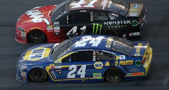 Kurt Busch survives crash-filled Daytona 500 for dramatic win