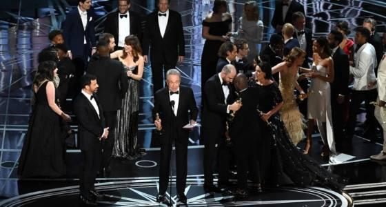 'La La Land' producer calls Best Picture snafu 'surreal'