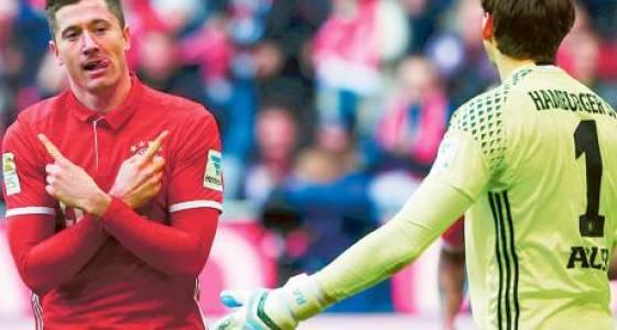 Lewandowski leads Bayern rout against Hamburg