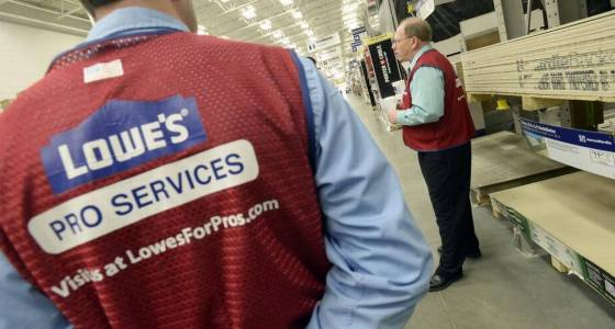 Lowe's shows momentum with better-than-expected quarterly results