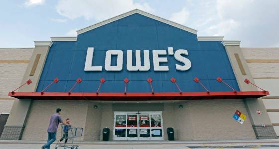 Lowe's Sees 2017 Sales Ahead of Estimates; Shares Rise