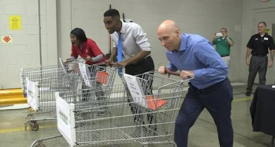 Media celebrities Mark Naymik, Terrence Lee, Carl Monday and more compete in Greater Cleveland Food Bank's grocery challenge (video)