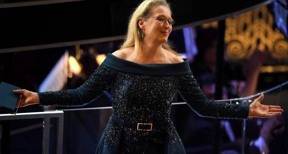 Meryl Streep Gets Oscars Standing Ovation Before Awards Are Even Announced