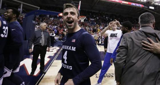 Mika leads BYU to upset of No. 1 Gonzaga