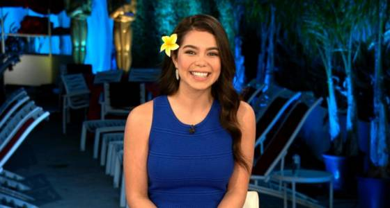 'Moana' star laughs off flag incident during Oscar performance
