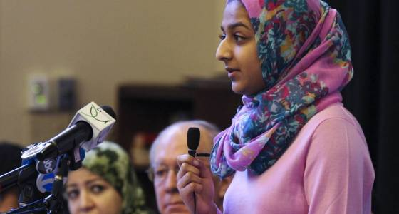 Naperville North student who spoke out on Trump's travel ban invited to Washington D.C.