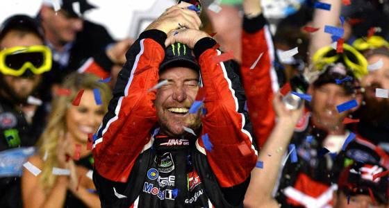 NASCAR's Kurt Busch wins Daytona 500 the old-fashioned way
