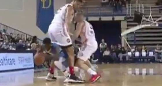 Nate Robinson literally dribbled through another player's legs