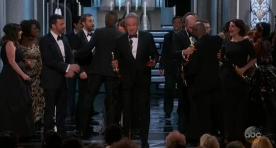 Oscar Best Picture mix up sparks hilarious celebrity reaction  | Toronto Star