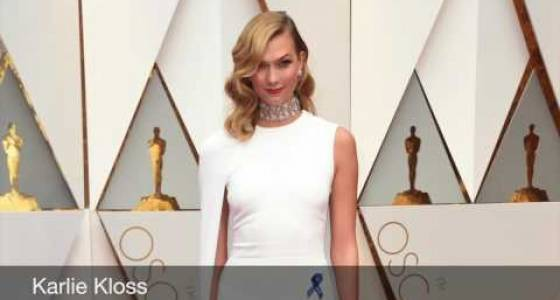 Oscars 2017: Stars on red carpet wear blue ribbons in support of ACLU