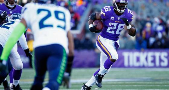 Poll: Would you like to see Seahawks pursue Adrian Peterson?