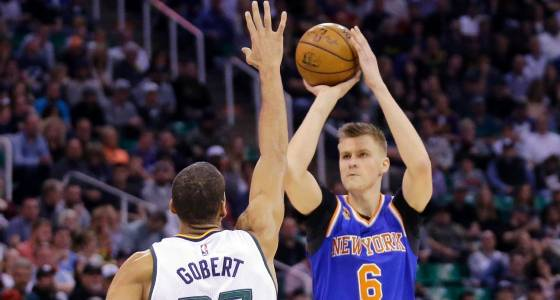 Porzingis: I love New York, won't talk meetings