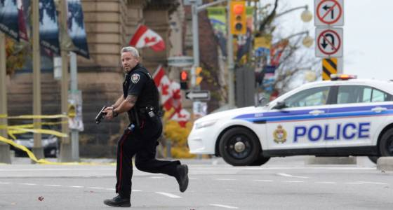 RCMP on Parliament Hill want fingerprints, background checks on reporters | Toronto Star