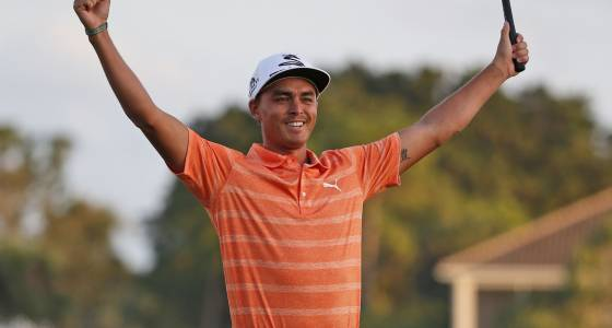 Rickie Fowler beats weather, demons and everyone in breakthrough