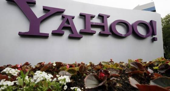 Russian security officers, hackers charged in Yahoo breach