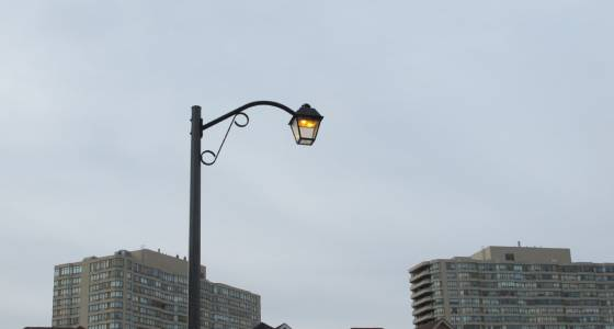Street light that's on 24/7 epitomizes waste, frustration: The Fixer | Toronto Star