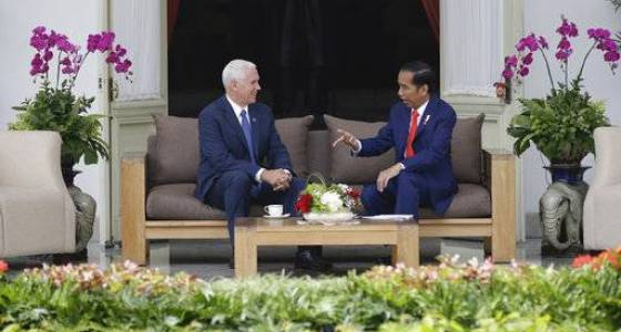 The Latest: Pence praises Indonesia's moderate form of Islam