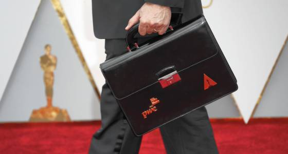 The Oscars best picture mix-up: PricewaterhouseCoopers will never live this down