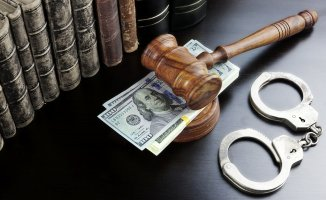 NJ Man Sues for Right to Pay Cash Bail