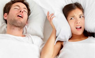 How to reduce snoring while you sleep