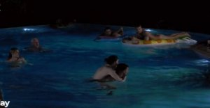 Wild party end up in the naughty skinny dipping