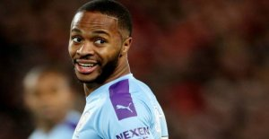 Stars shook: Sterling dropped after the throat-grip