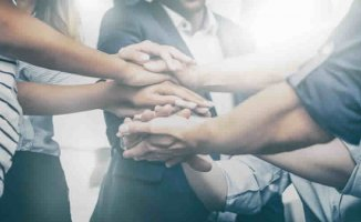 4 Ways to Grow a Positive Company Culture