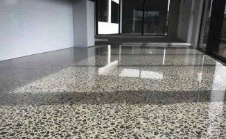 Betumex is a new method of improving concrete