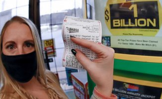 Individual in Michigan wins Mega Millions' $1 billion Dollar, 2nd-largest total