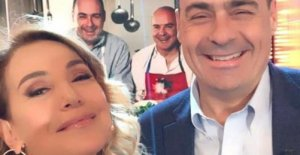 Zingaretti, tweets surprise to Barbara D'urso. Controversy on social: Nicola, think of Berlinguer