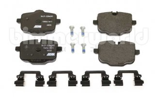 Is a Set of Brake Pads 2 or 4?