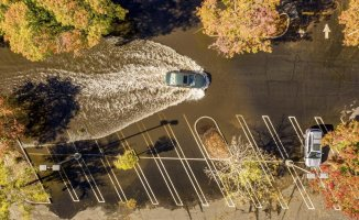 California is flooded by record-breaking storm