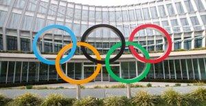 Postpone the OLYMPICS to 2021