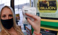 Person in Michigan wins Mega Millions' $1 billion Dollar, 2nd-largest total ever