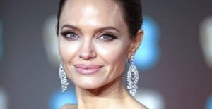 Angelina Jolie: Churchill-painting makes them 8 million Euro richer