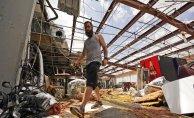 """""""We'll persevere"""": Ida leaves Gulf city of Houma in ruins"""