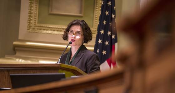 Betsy Hodges joins other mayors urging Congress not to repeal Affordable Care Act