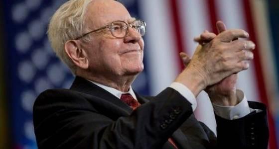 Buffett's Berkshire Hathaway Reports Rise in Net Earnings