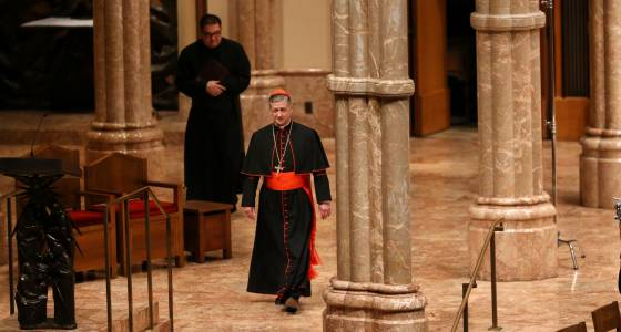 Cupich to priests: No entry for immigration agents without warrants