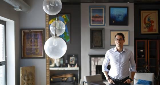 Despite city tweaks, court extends order blocking Chicago Airbnb rules